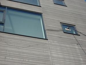 lille-vindue-med-teleskopstang