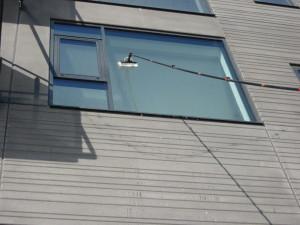 teleskopstangen-tager-alle-vinduer